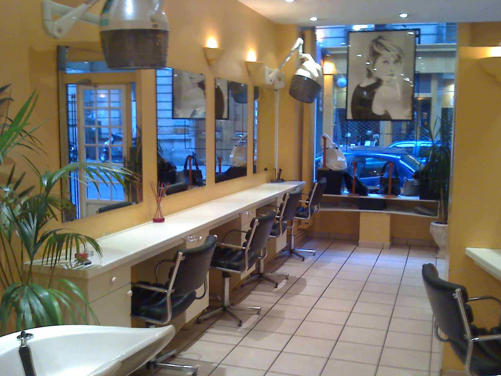Coiffeur paris pour homme julietlauratricia site for Meilleur salon coiffure paris